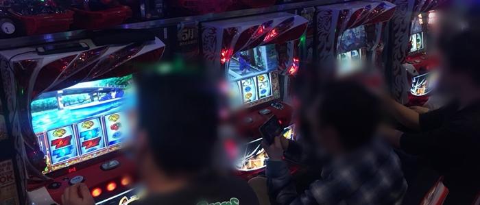 2018429繝。繧ャ繧ャ繧、繧「蠎ァ髢灘コ玲ァ論180430_0050